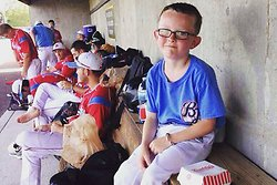 Kaiser Carlie, Slagträ,  Liberal Bee Jays, Baseboll,  Batboy, Dog,  National Baseball Congress World Series