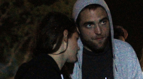 Kristen Stewart, Robert Pattinson, Liberty Ross, Otrohet