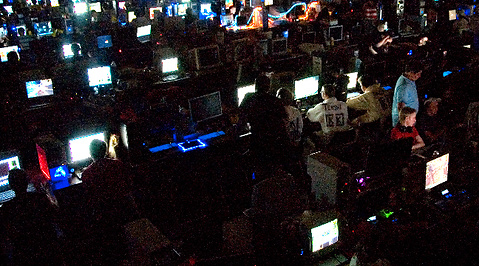 Counter-Strike, World of Warcraft, Fragbite, E-sport, Returpack, Dreamhack, Gaming, Internet, Emil