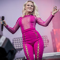 Team Zara Larsson!