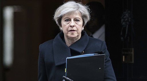 Storbritannien, Theresa May, extraval