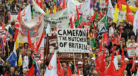 David Cameron, Ekonomi, England, Polisen, Tories, Storbritannien, Labour, Sparpaket, Demonstration, London, Gordon Brown, Tory, Kris, Nick Clegg, Liberaldemokraterna, Protester, Finanskris